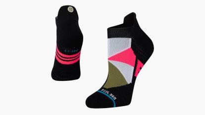 catalog/Apparel/Accessories /Socks/W258C21OVE-BLK/W258C21OVE-BLK-H_vq7xca