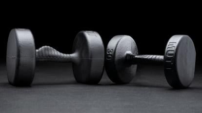 catalog/Conditioning/Strength Equipment/Dumbbells/MTT016/MTT016-H_vrdgos