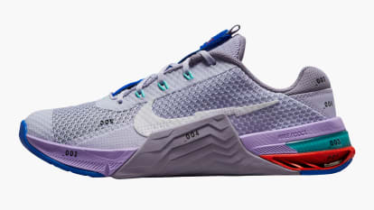 Nike Metcon 7 - Women's - Pure Violet / Violet Haze / Lilac / White side view shown on a white background