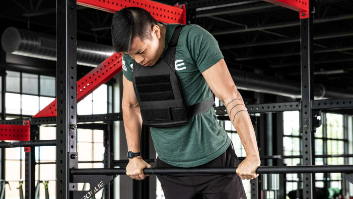 catalog/Bodyweight and Gymnastics/Bodyweight /Weighted Vests/AU-PLATE-CARRIER/AU-PLATE-CARRIER-web5_ppvjke